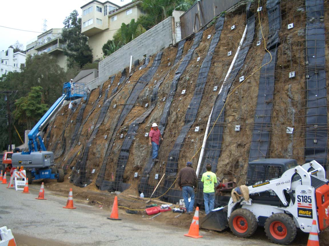 Soil Nail Retaining Wall